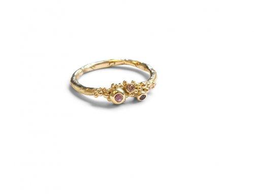 Gesmolten ringen – saffier ~ rhodoliet ~ diamant